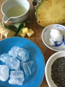 Pineapple_smoothie_ingredients