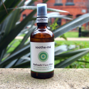 Refreshing face mist natural vegan skincare
